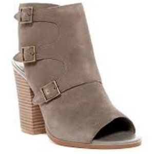 Melrose and Market Open Toe Booties